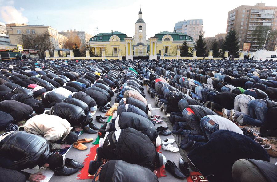 RUSSIA-RELIGION-ISLAM-HOLIDAY-EID
