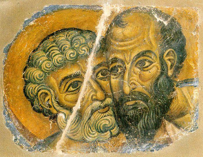 Апостолы Петр и Павел. Сохранившийся фрагмент древней росписи монастыря