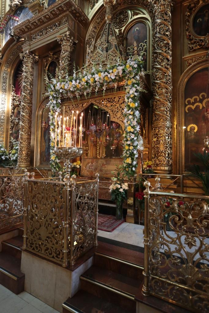 Рака с мощами святителя Алексия в Елоховском соборе. Сооружена в 1948 г.