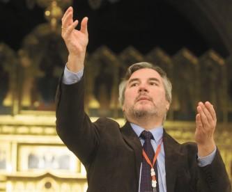 Сводным хором делегатов управляет А.  Пузаков