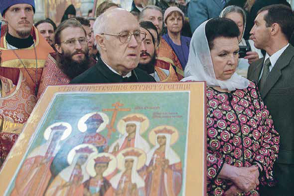 На освящении Храма-памятника на крови в Екатеринбурге  (2003 г.)
